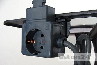 Podłączenie żelazka do deski